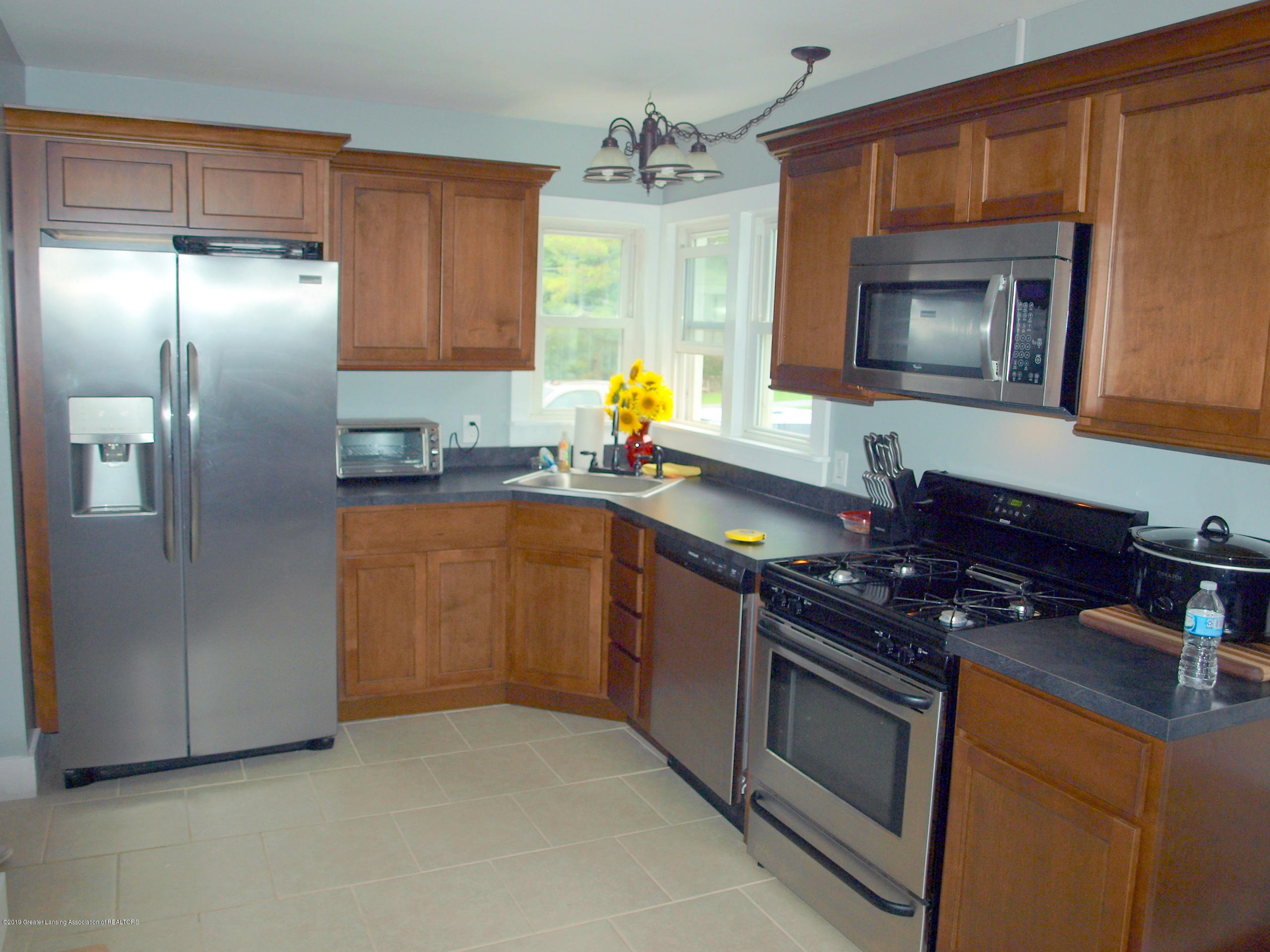 6070 E Clark Rd - kitchen - 12