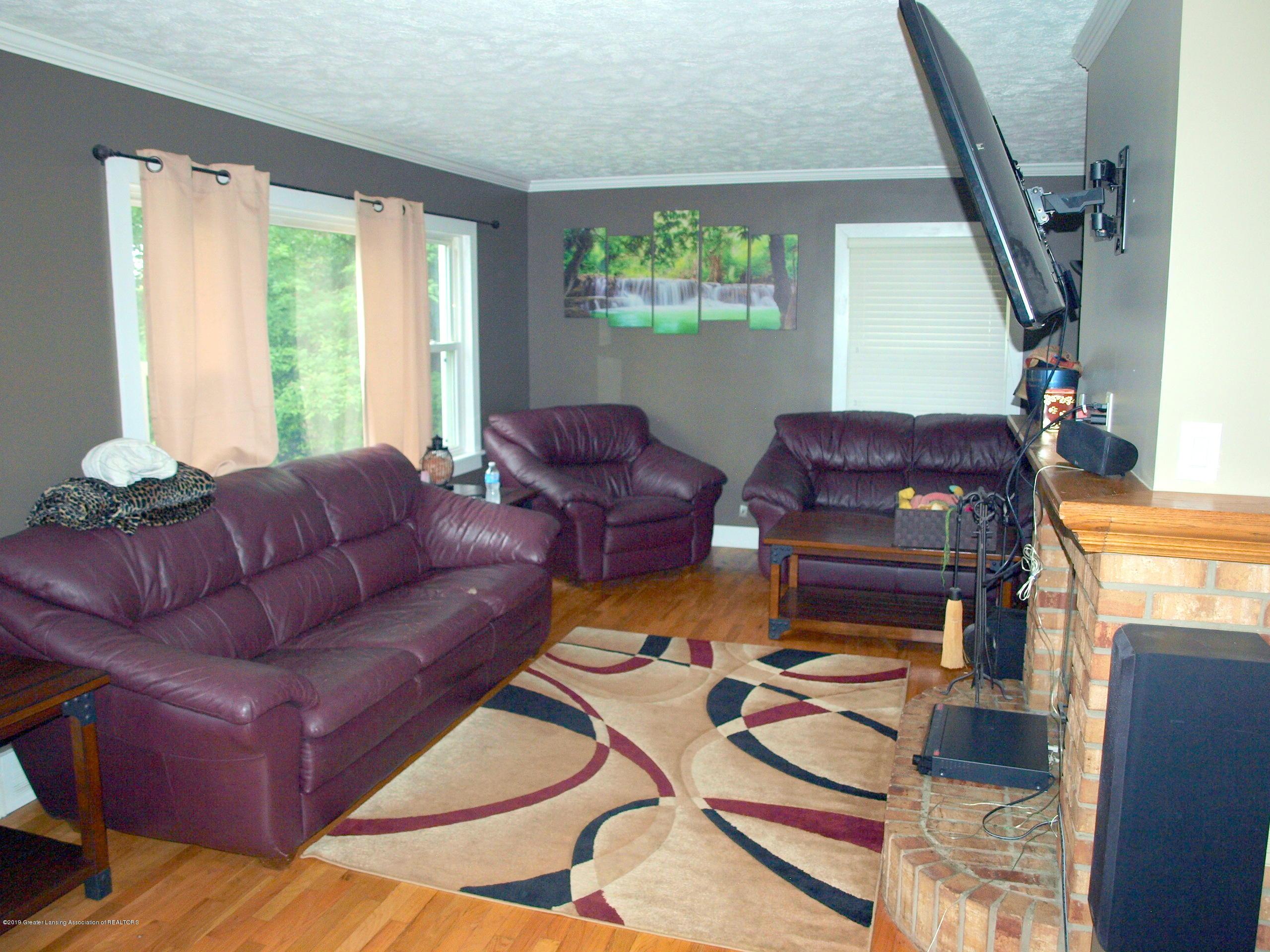 6070 E Clark Rd - living room - 24