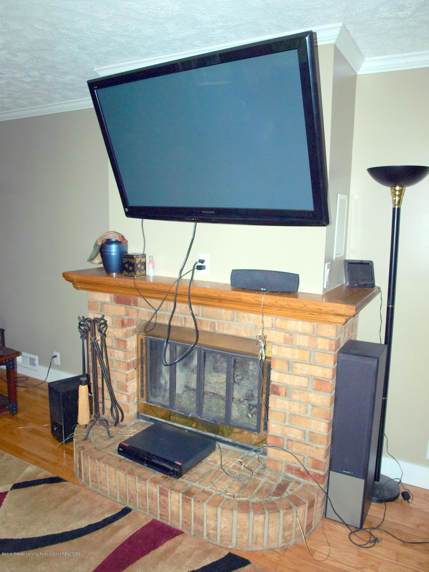 6070 E Clark Rd - fireplace - 26