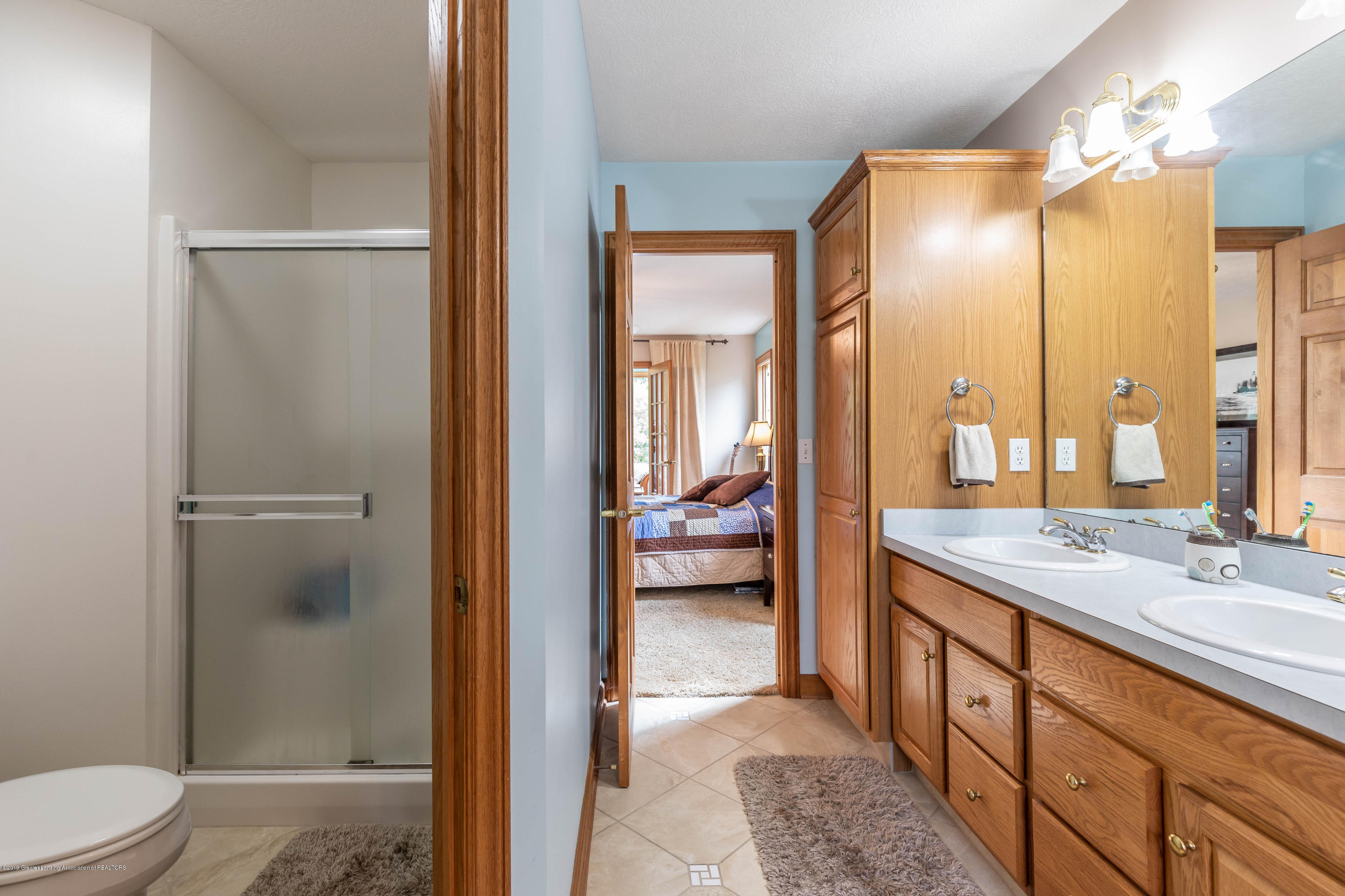 13185 Watercrest Dr - Master Bath - 25