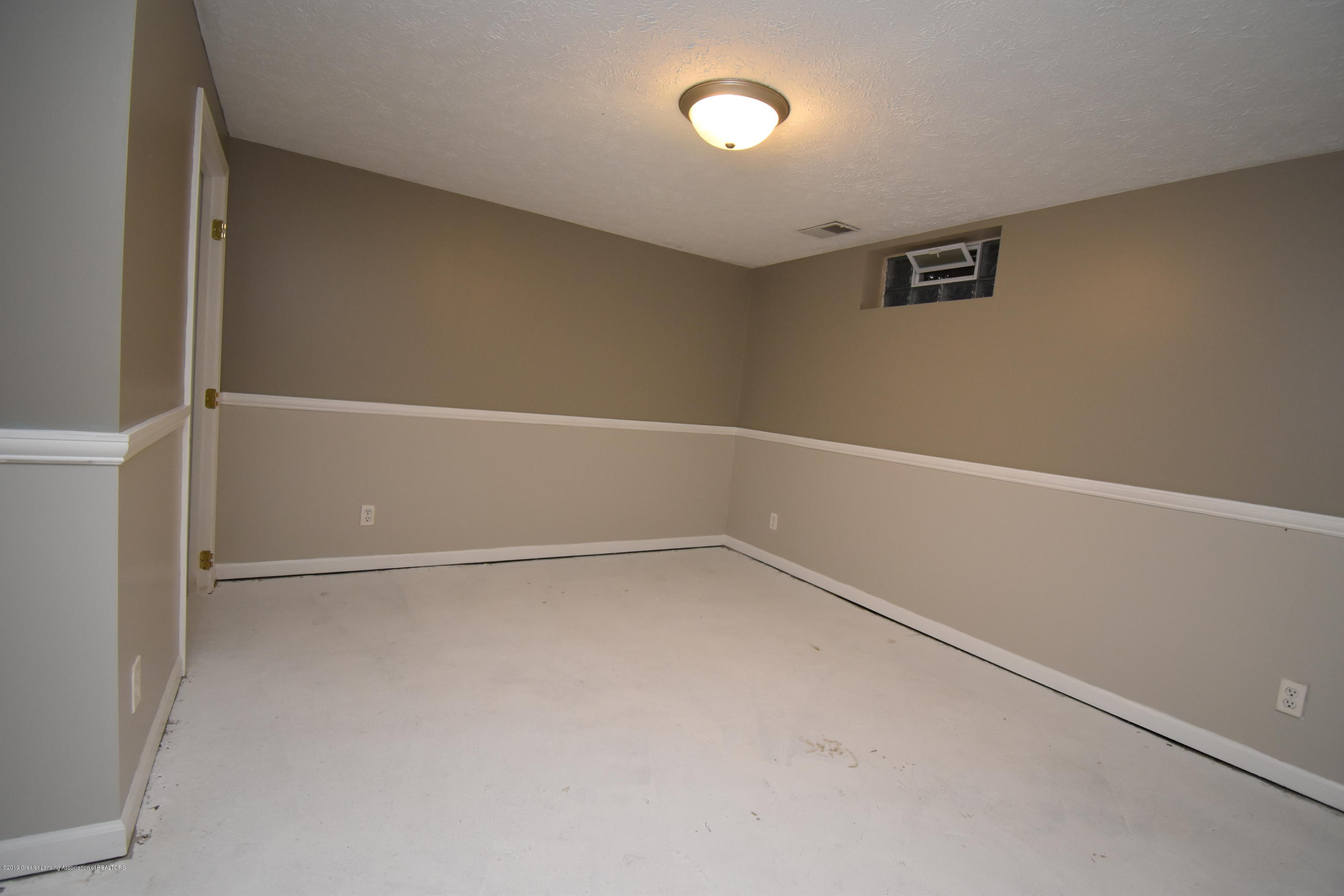 704 Pacific Ave - Basement - 11