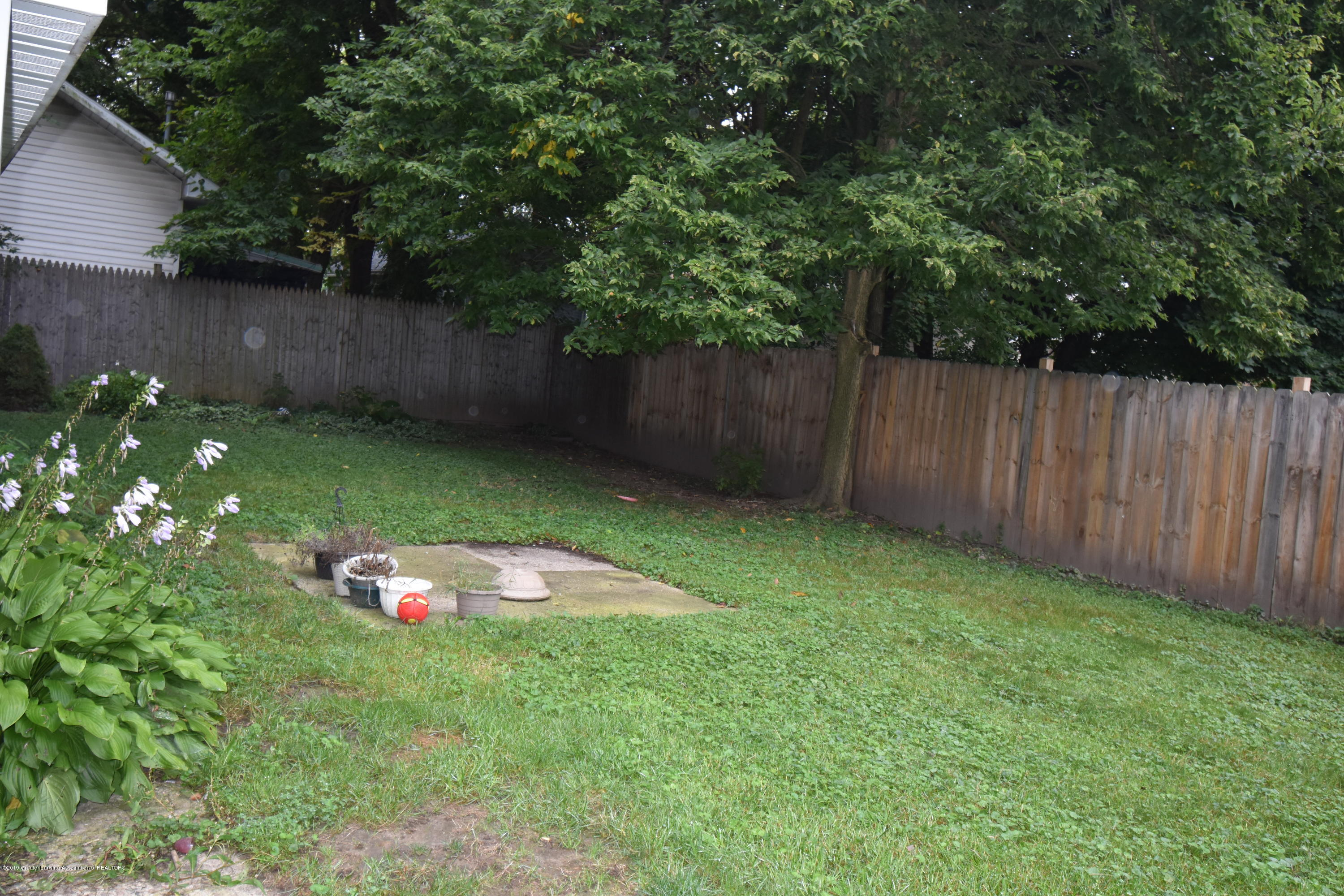 704 Pacific Ave - Large Backyard! - 13