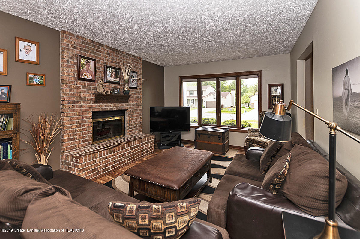 5778 Whisperwood Dr - 5778 Whisperwood Family Room - 11