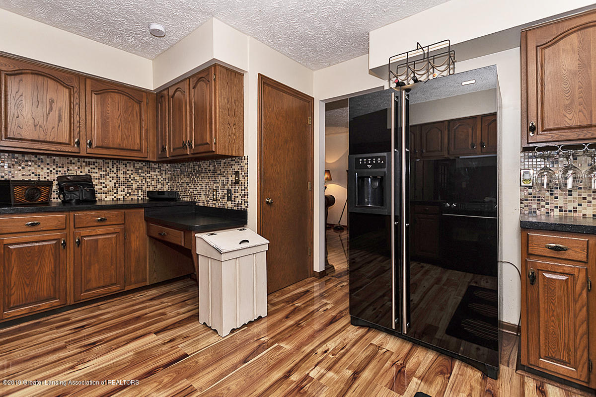 5778 Whisperwood Dr - 5778 Whisperwood Kitchen 3 - 15