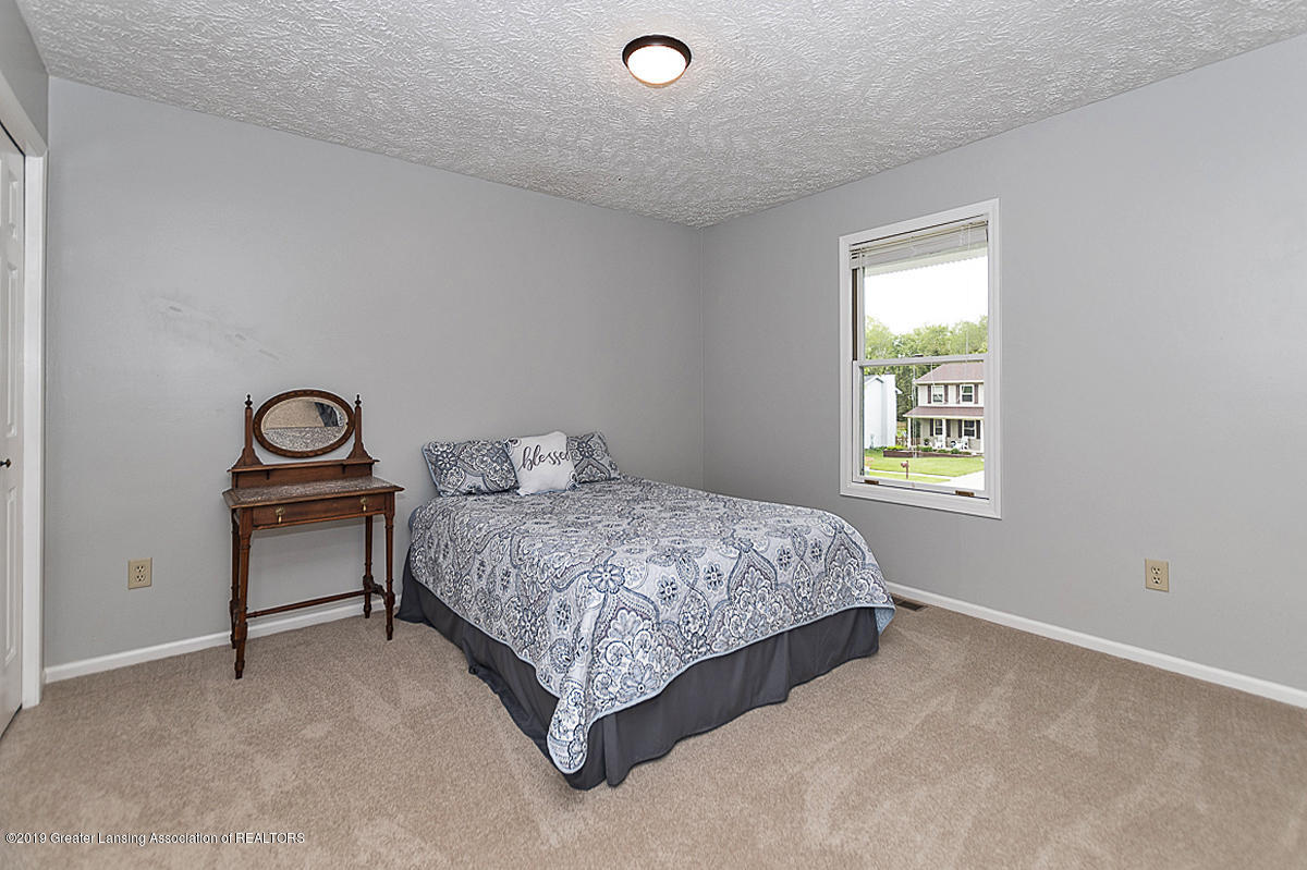 5778 Whisperwood Dr - bedroom 3 view - 28