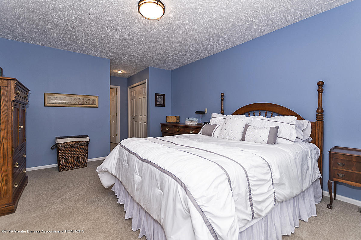 5778 Whisperwood Dr - Master Bedroom - 34