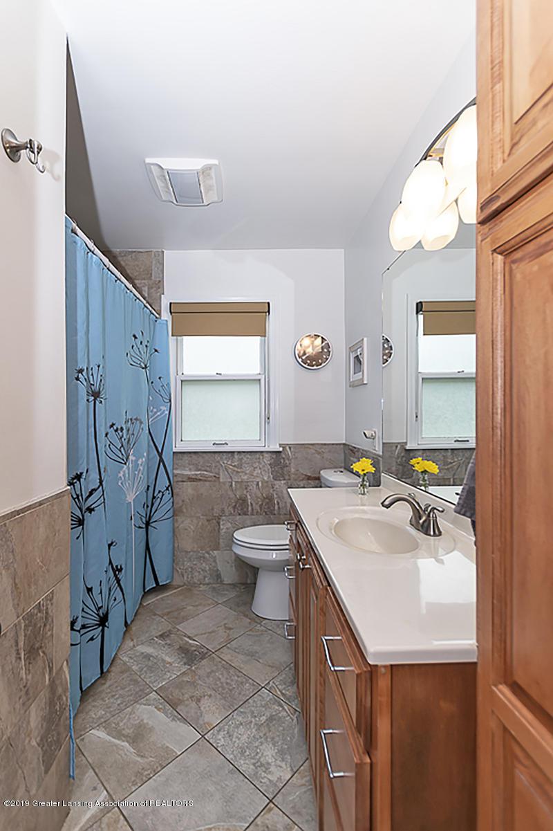 4533 Cherokee Way - 4533 Cherokee main hall bath - 22