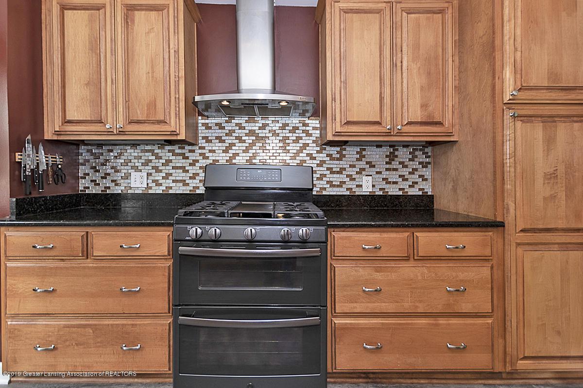 4533 Cherokee Way - 4533 Cherokee new gas stove 2019 - 13