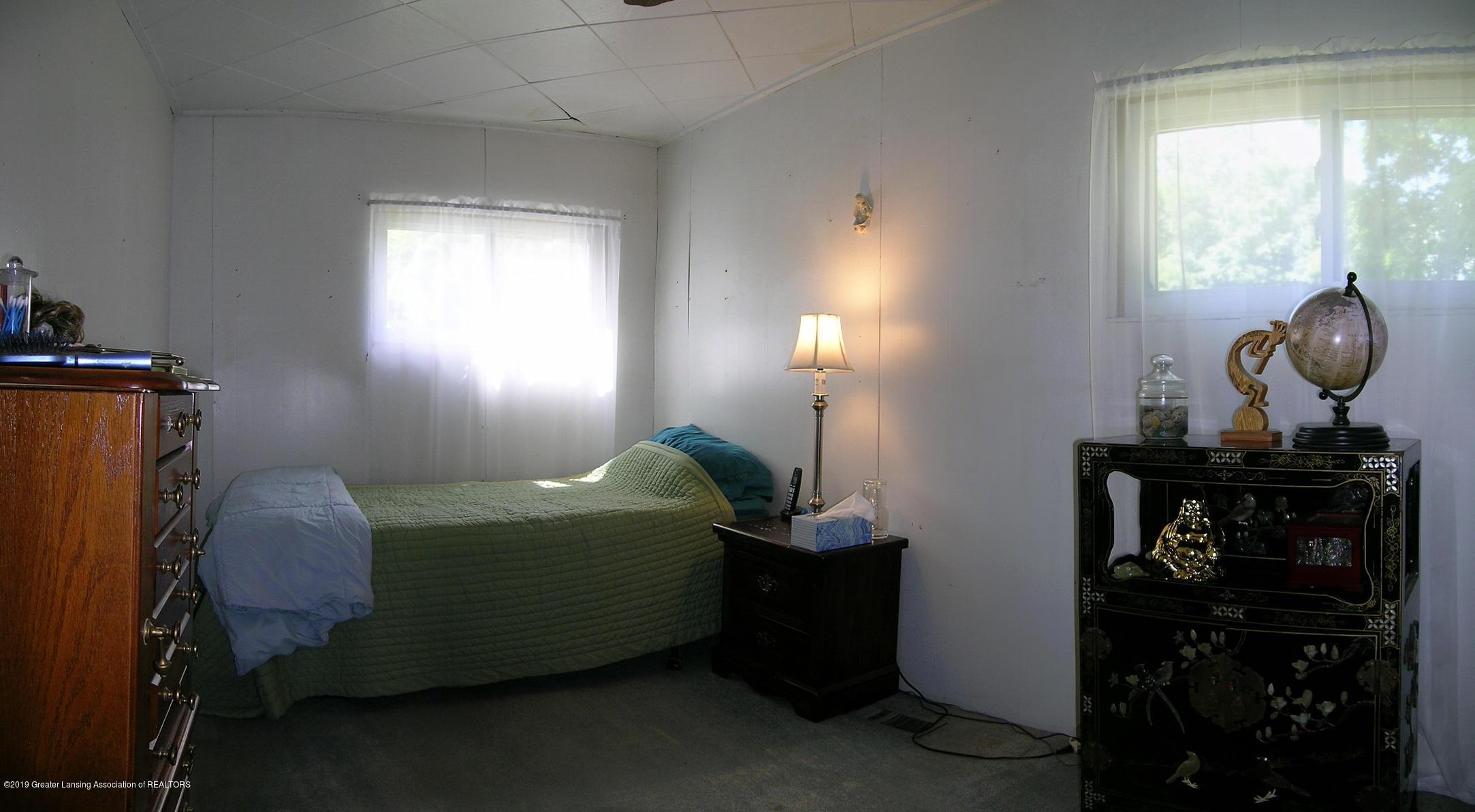 413 W Shepherd St - 8 Bedroom 1 - 8