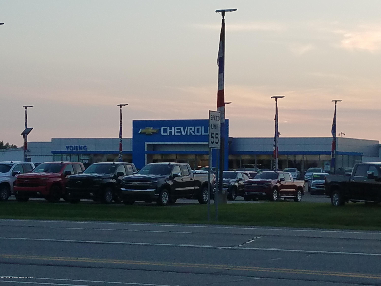 1347 E Townsend Rd - Dealership - 13
