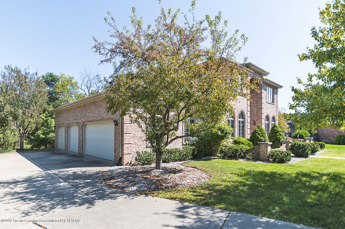 16577 Thorngate Rd - 16577 Thorngate, EXTERIOR - 6