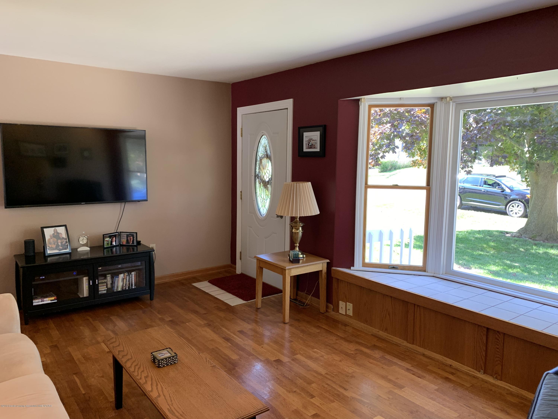 2084 Jefferson St - Living Room - 5