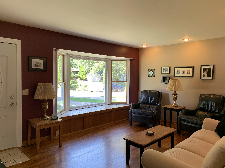 2084 Jefferson St - Living Room - 4
