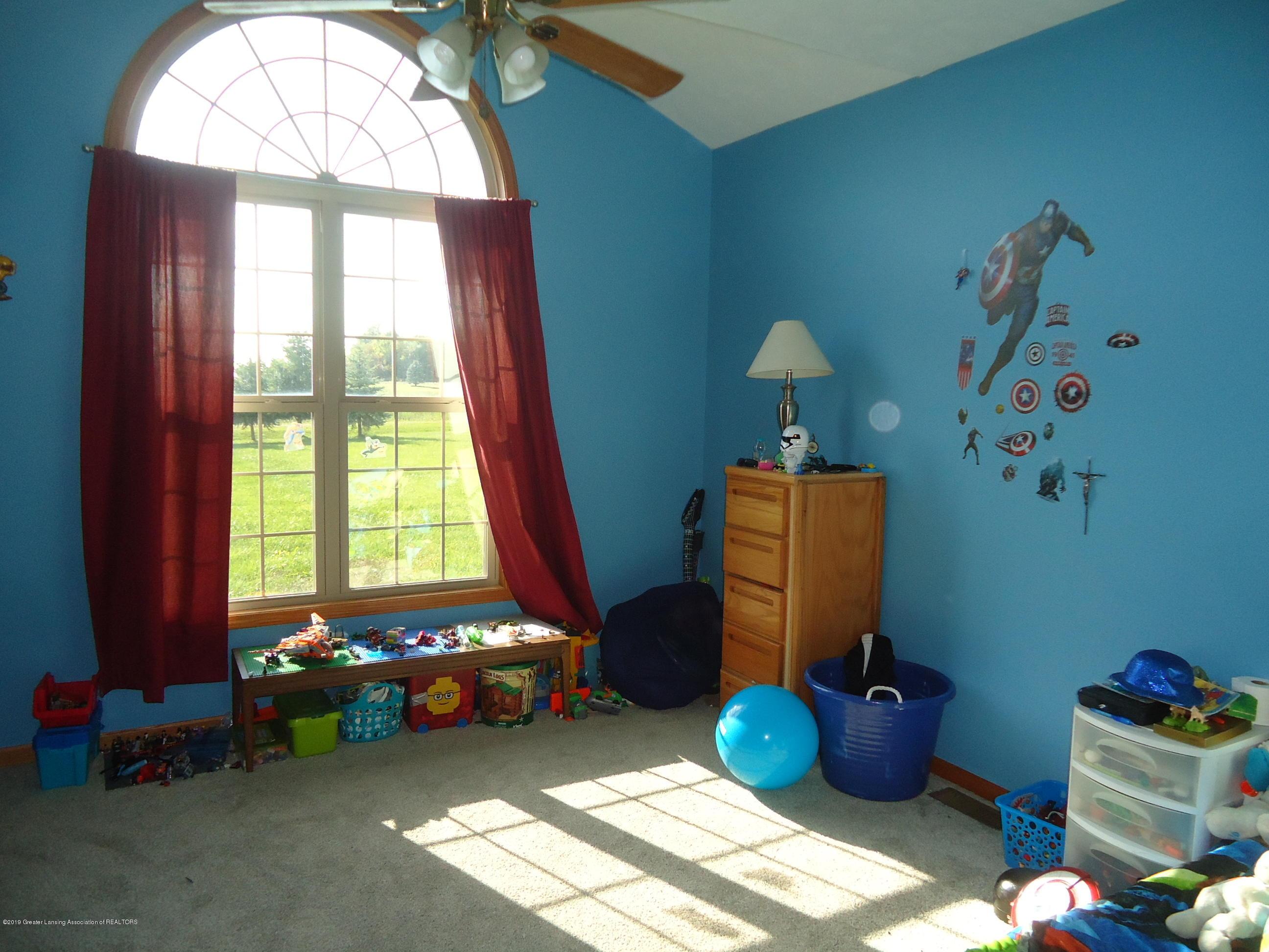 2881 Victoria Ln - 14 bedroom 3 - 14