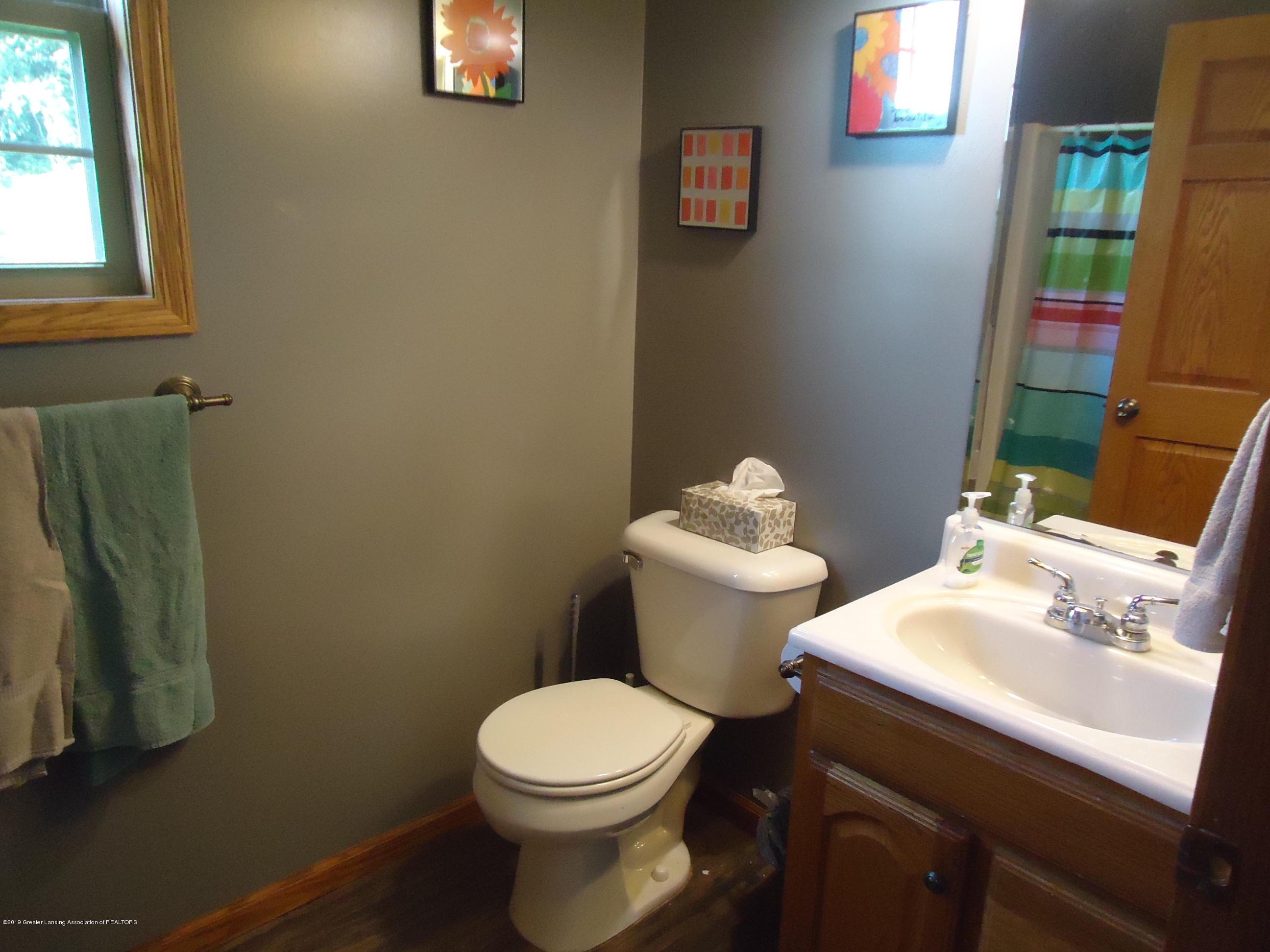 2881 Victoria Ln - 23 basement bathroom - 21