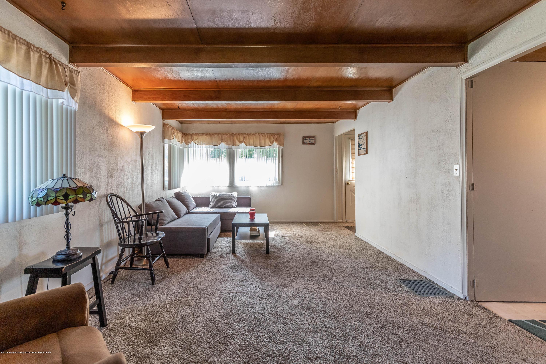 607 E Baldwin St - Living Room - 3