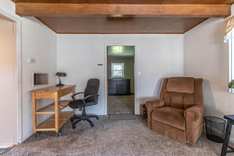 607 E Baldwin St - Living Room - 4