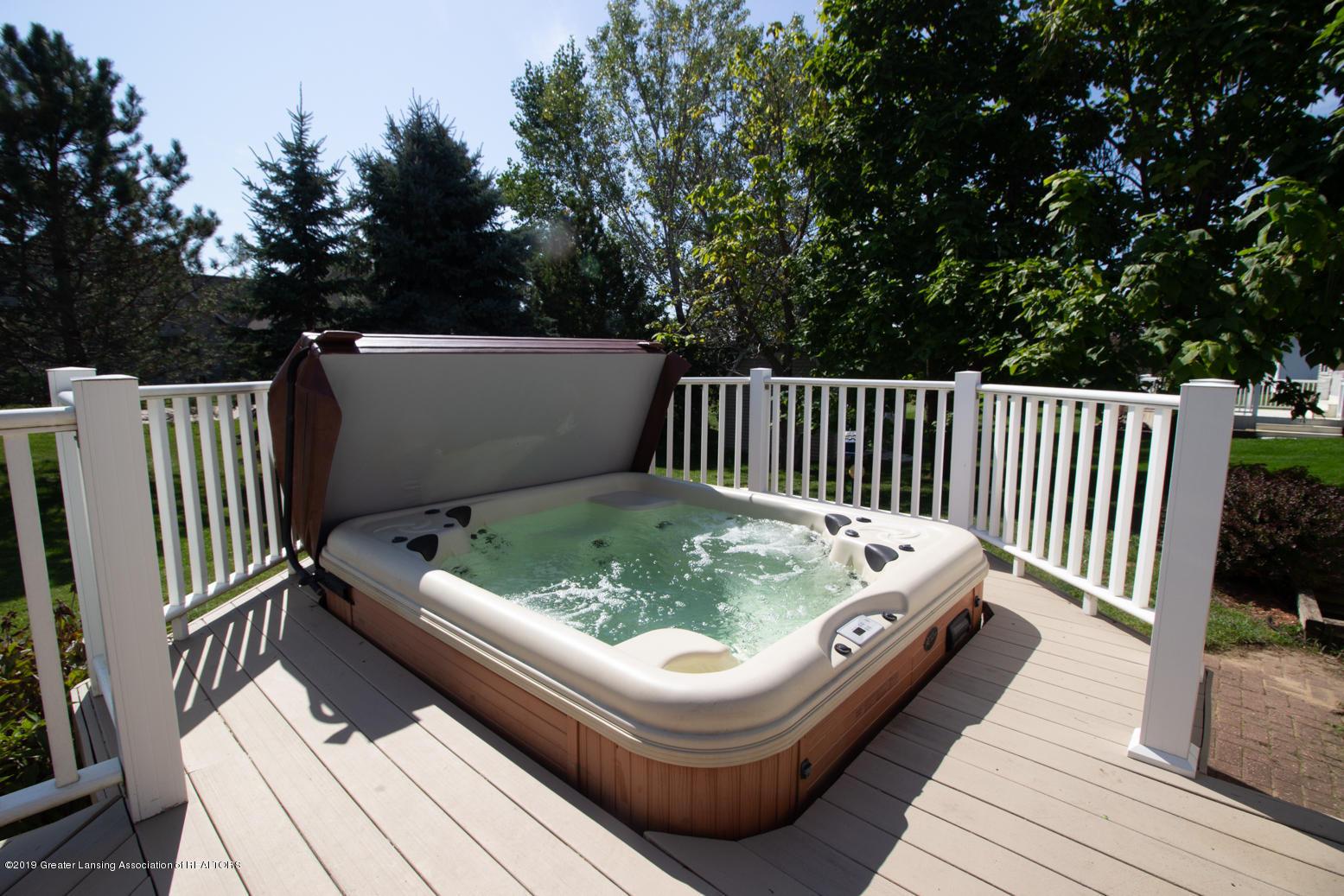 2021 Secretariat Ln - Hot tub - 19