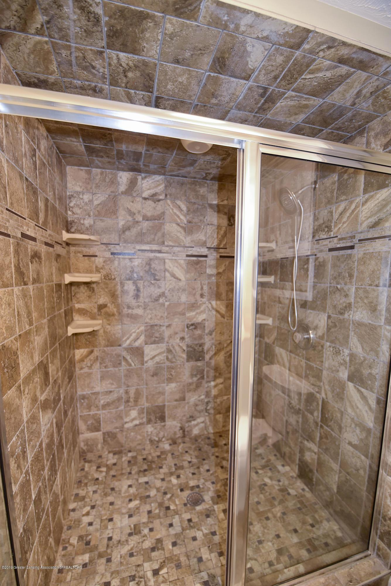 3300 Hollow Spring Dr - Lower level shower - 29