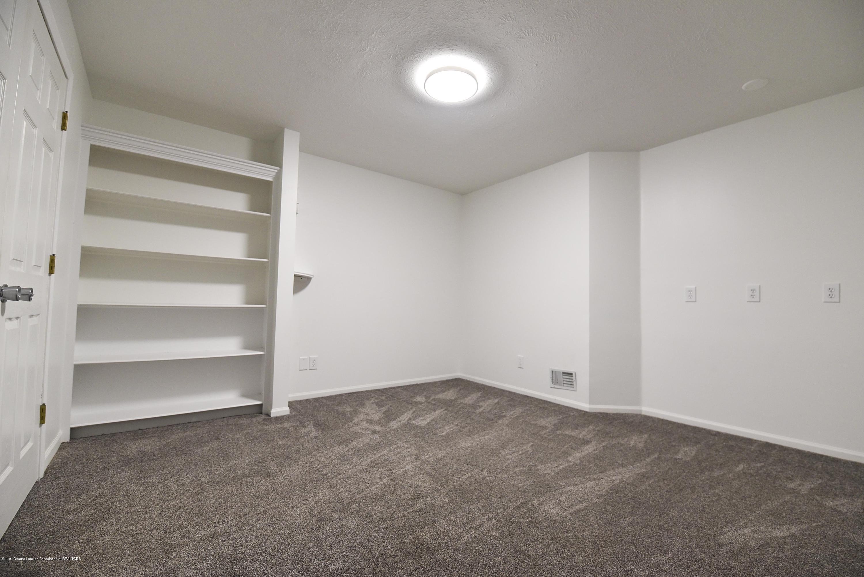 3300 Hollow Spring Dr - Lower level large office - 32