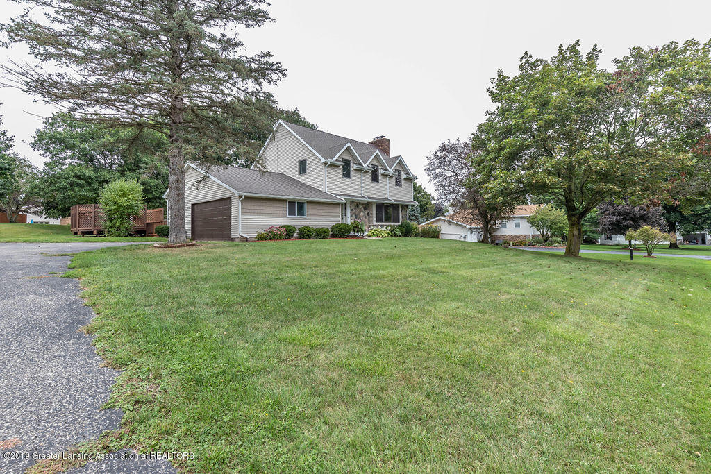 4215 Whitby Ln - Front - 2