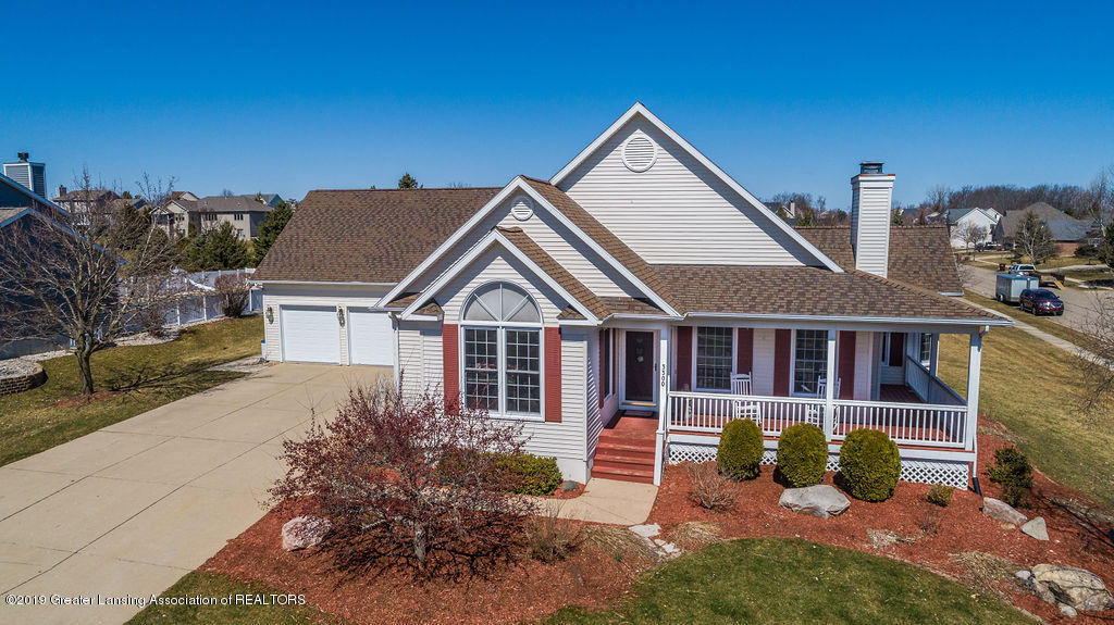 3300 Hollow Spring Dr - front - 47