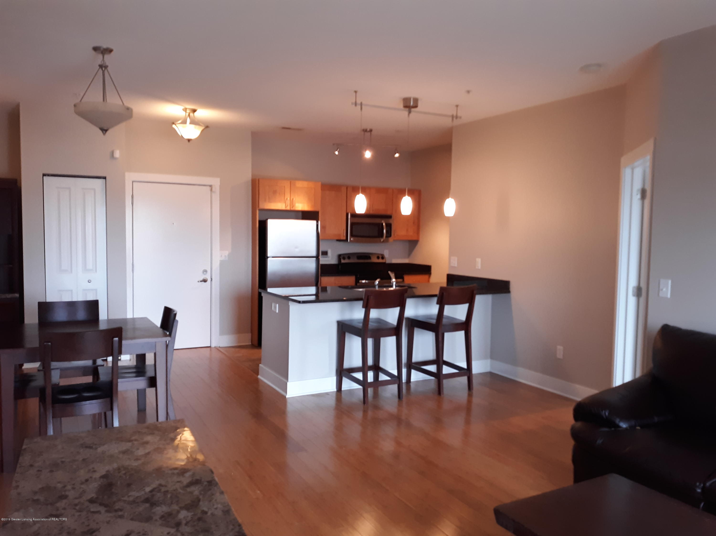 500 E Michigan Ave 407 - Kitchen/Dining Area - 3