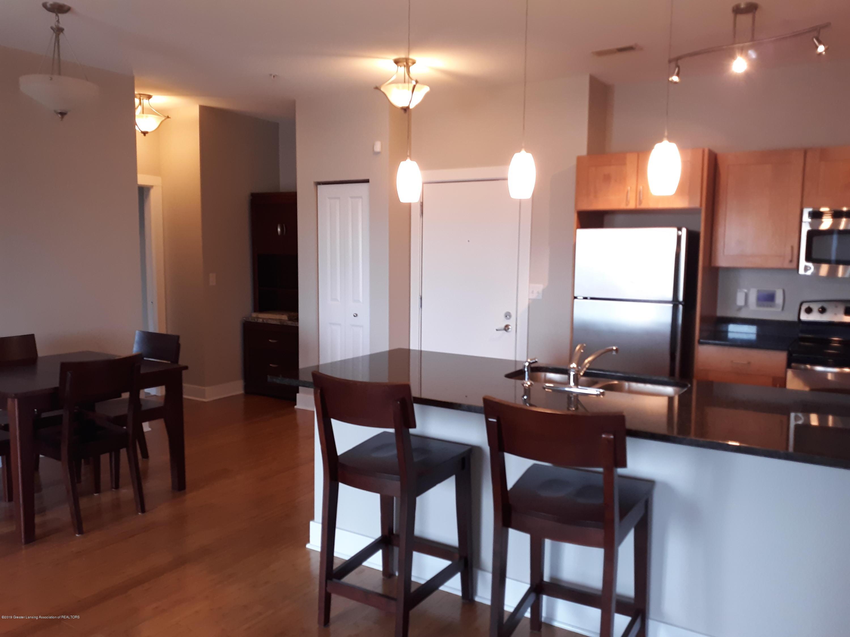 500 E Michigan Ave 407 - Kitchen/Dining Area - 7