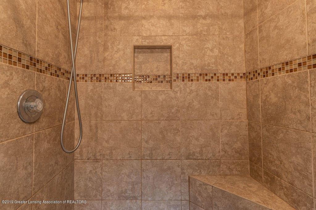 4215 Whitby Ln - Master bath - 23