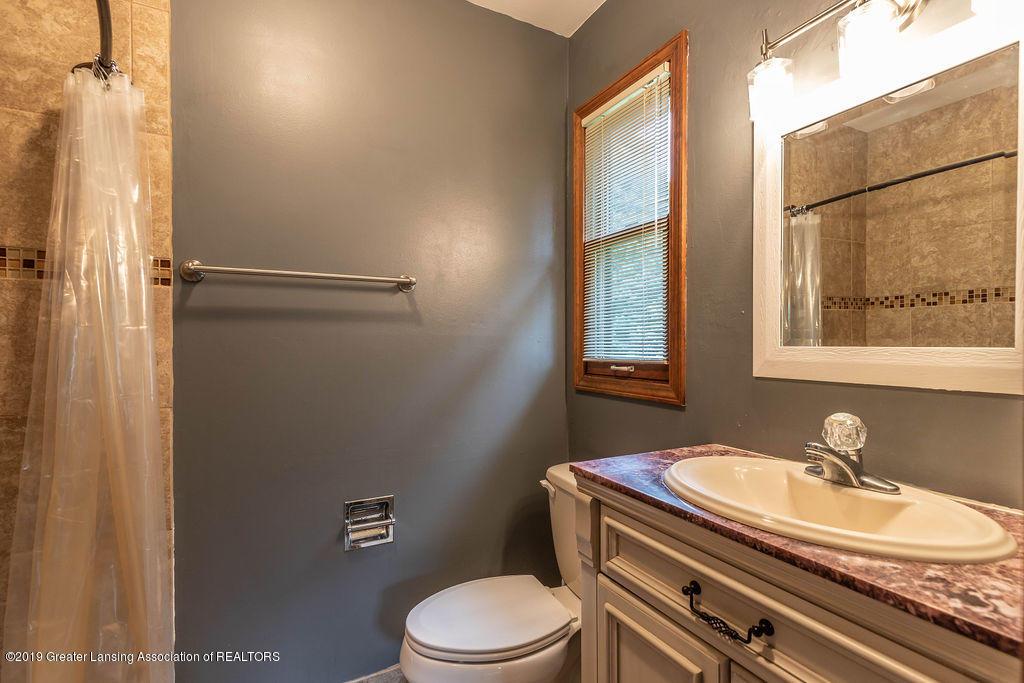 4215 Whitby Ln - Master bath - 24