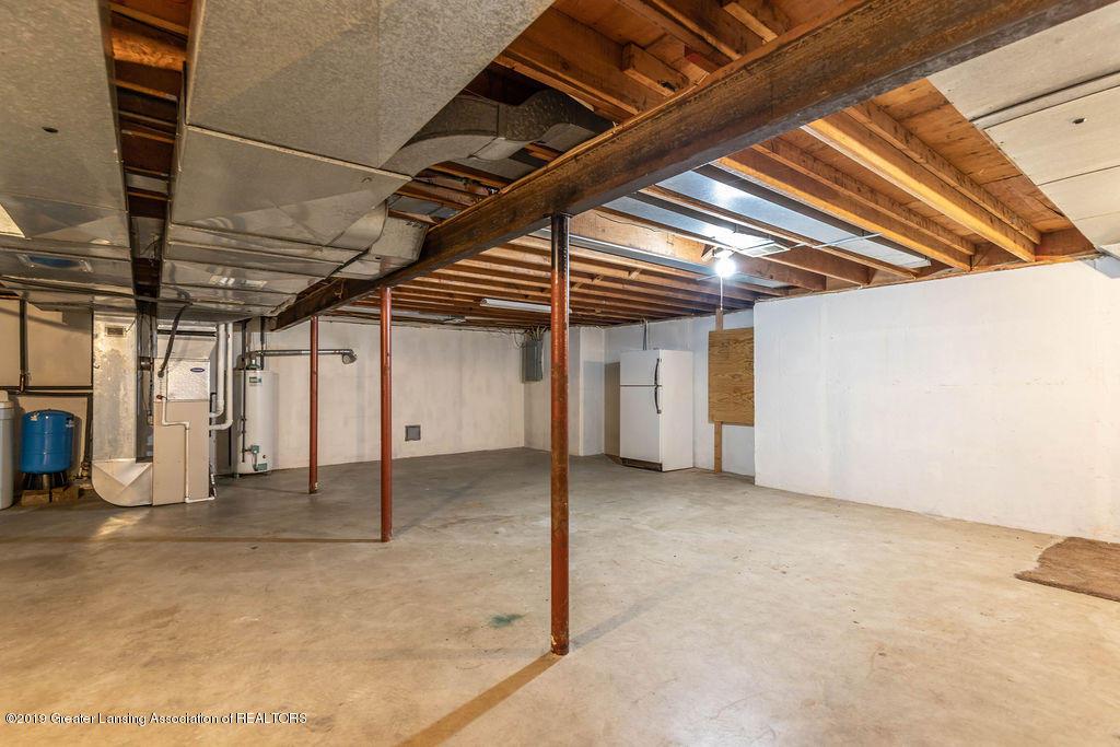 4215 Whitby Ln - large full basement - 28