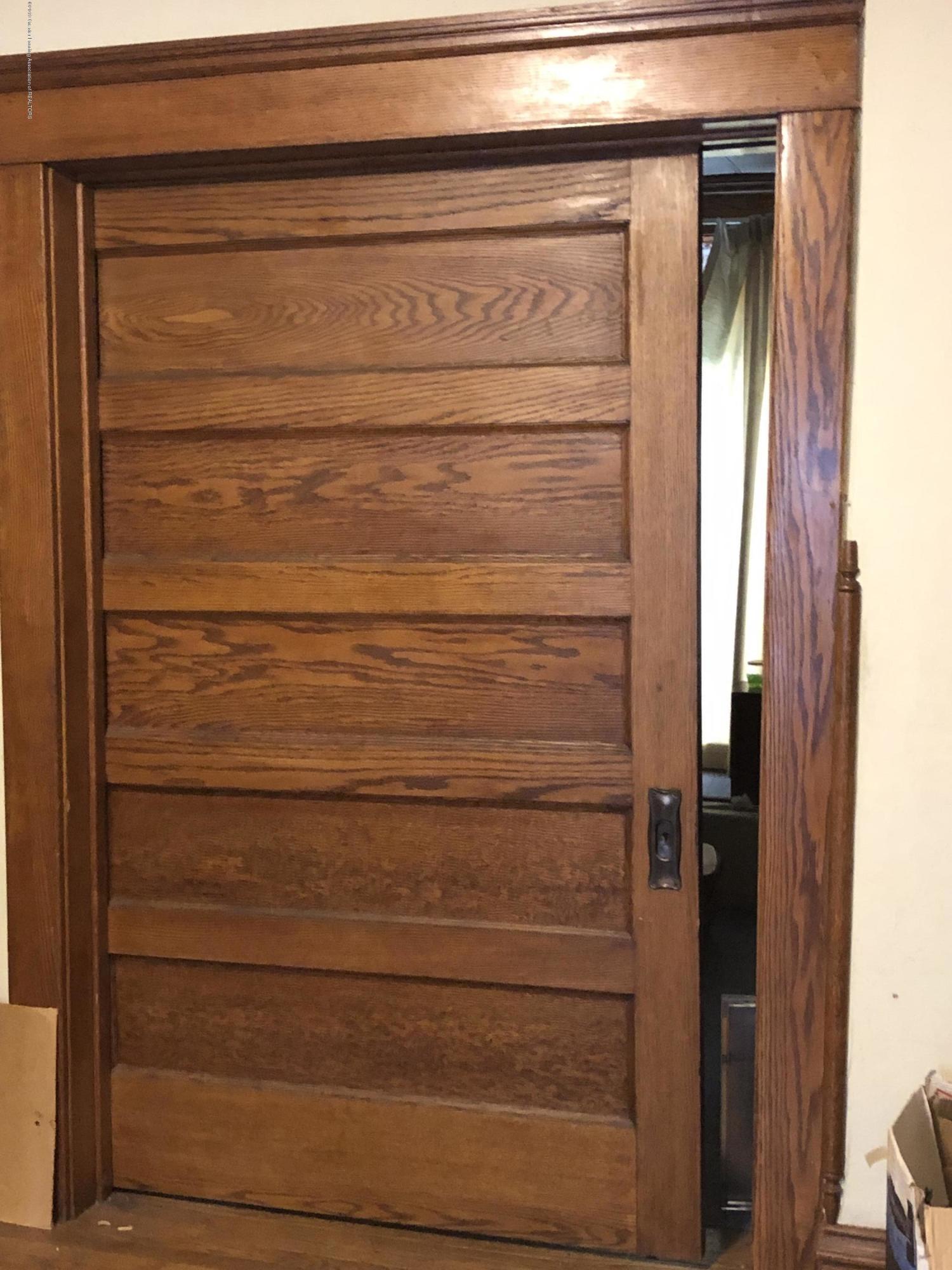 6748 W Beard Rd - Dinning Room Pocket doors - 14