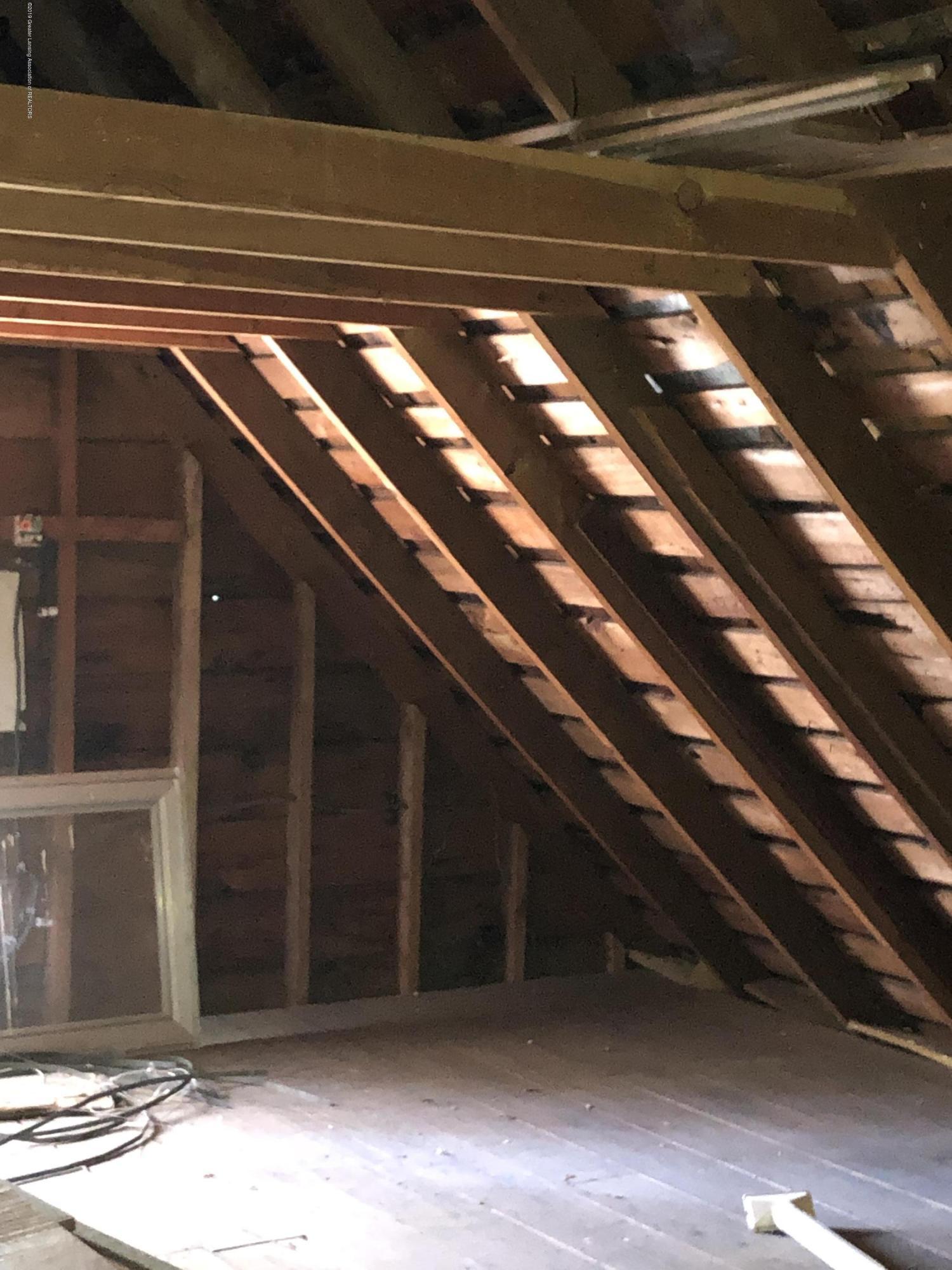 6748 W Beard Rd - Third floor attic 2 - 33