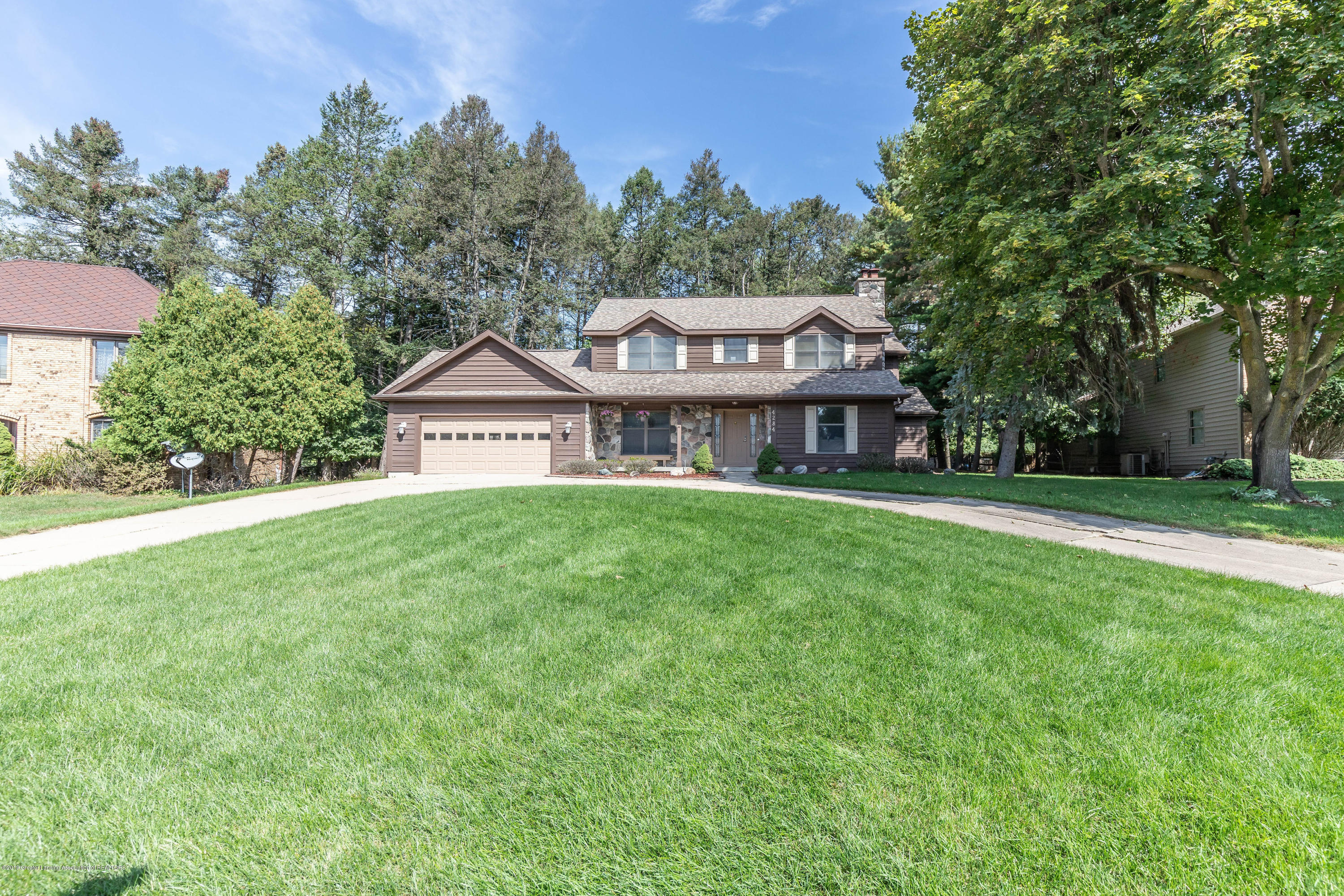 4284 Conifer Cir - coniferfront(1of1) - 1