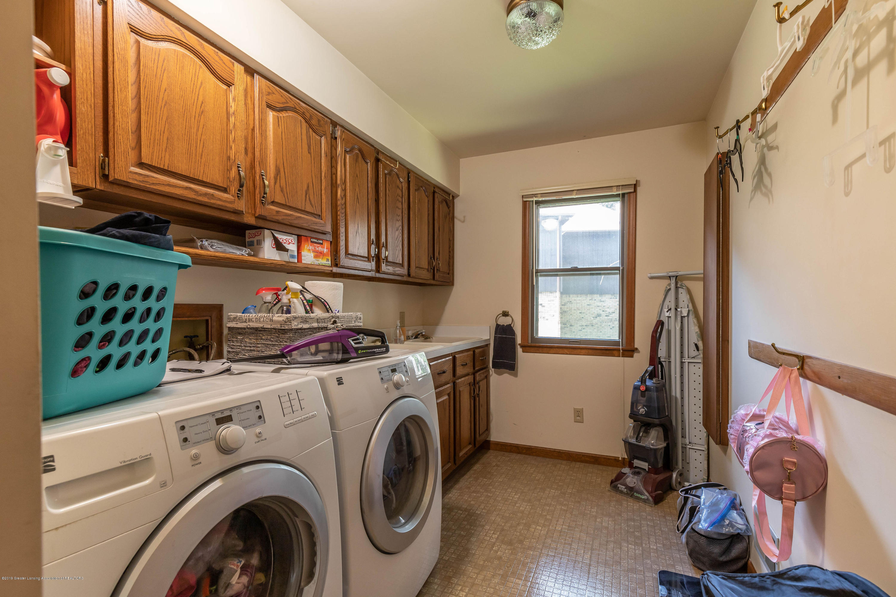 4284 Conifer Cir - coniferlaundry(1of1) - 36