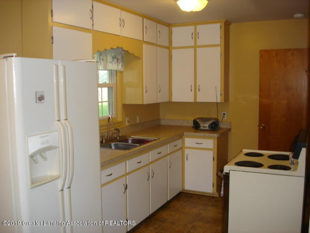 1060 Harvest Moon Way - Kitchen - 10