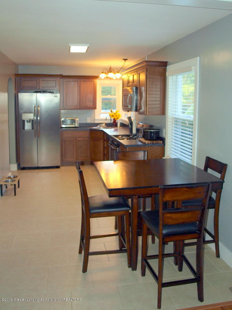 6070 E Clark Rd - kitchen - 15