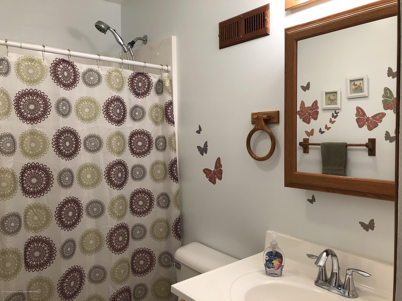 9934 Winegar Rd - bathroom - 10