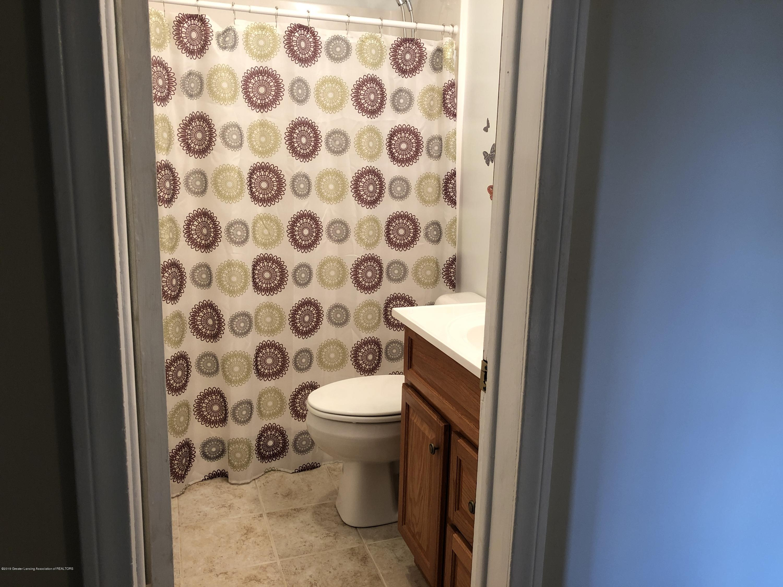 9934 Winegar Rd - Bathroom - 11