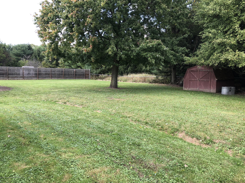 9934 Winegar Rd - Fenced yard - 15