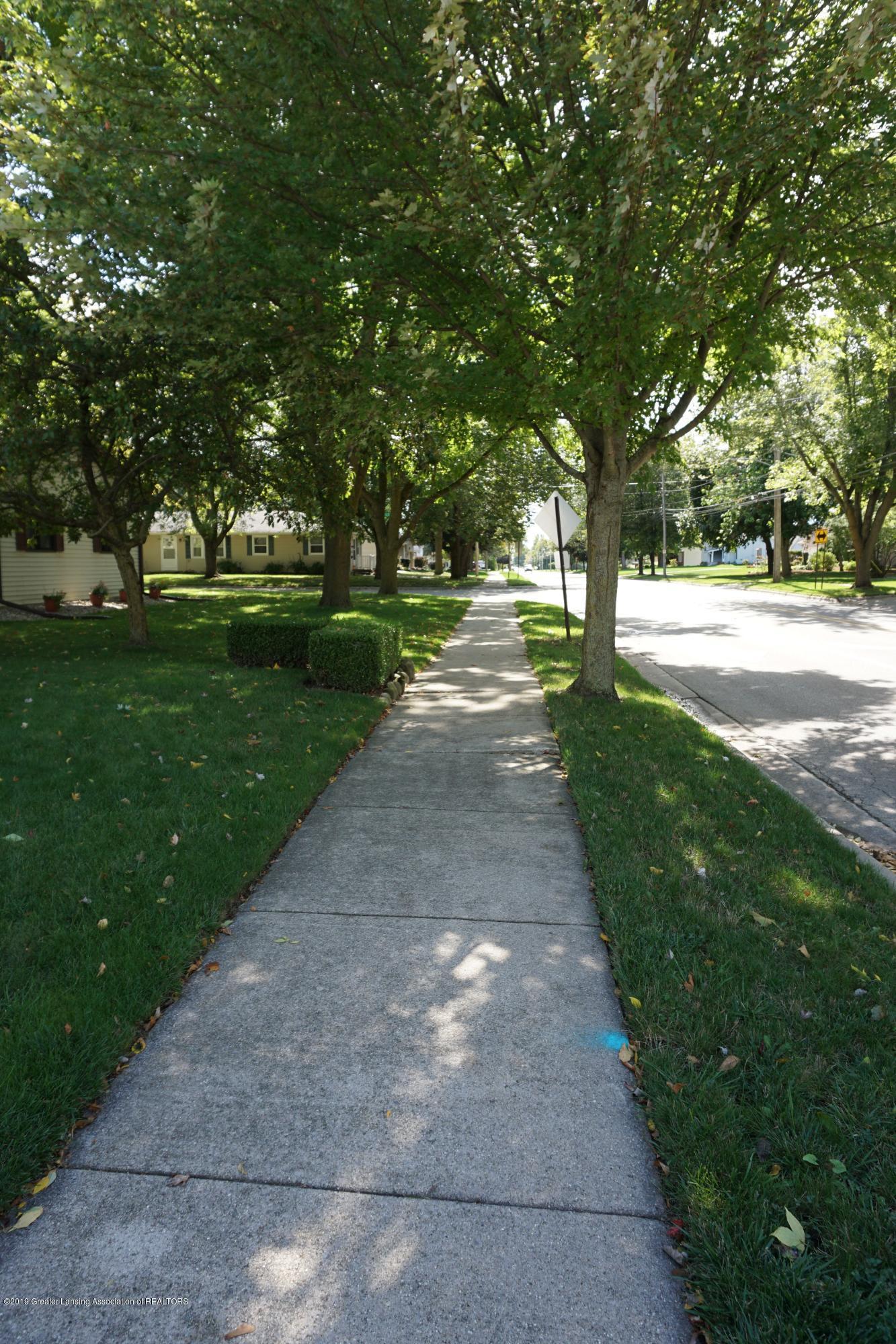 809 S Lansing St - Street View - 17