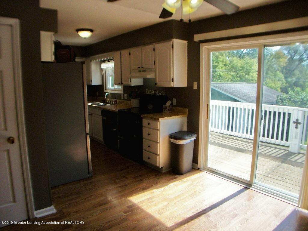 401 W Grand River Rd - 000_0063 - 6