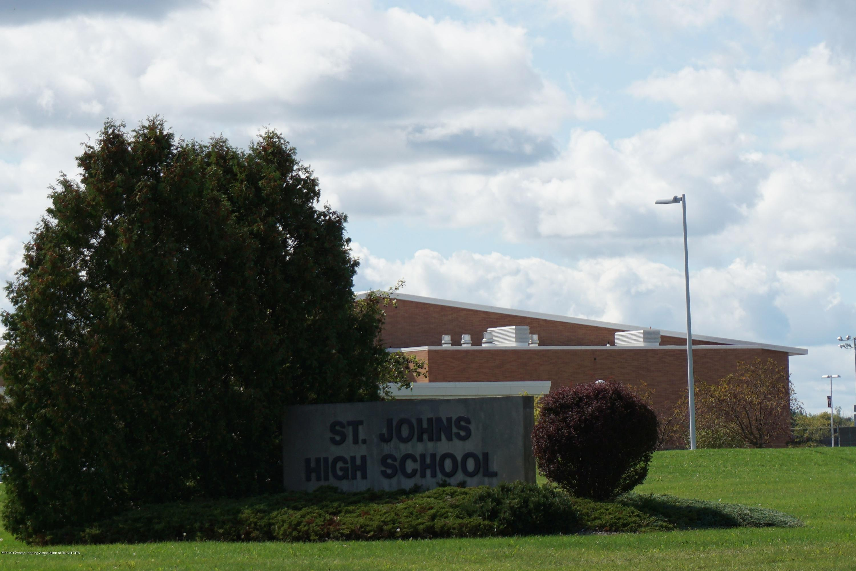 809 S Lansing St - High School Down the St. - 18