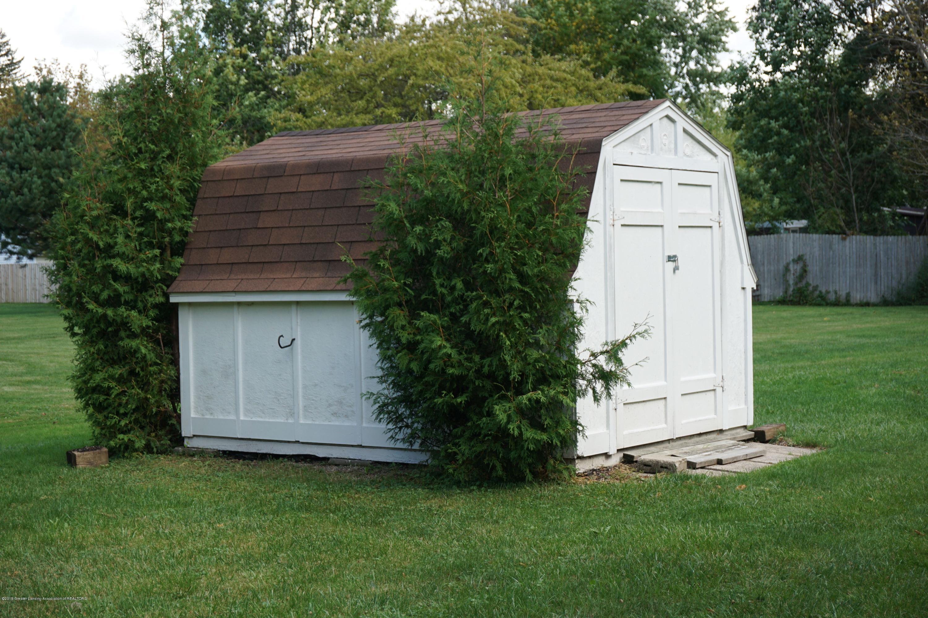 809 S Lansing St - Shed Included - 31