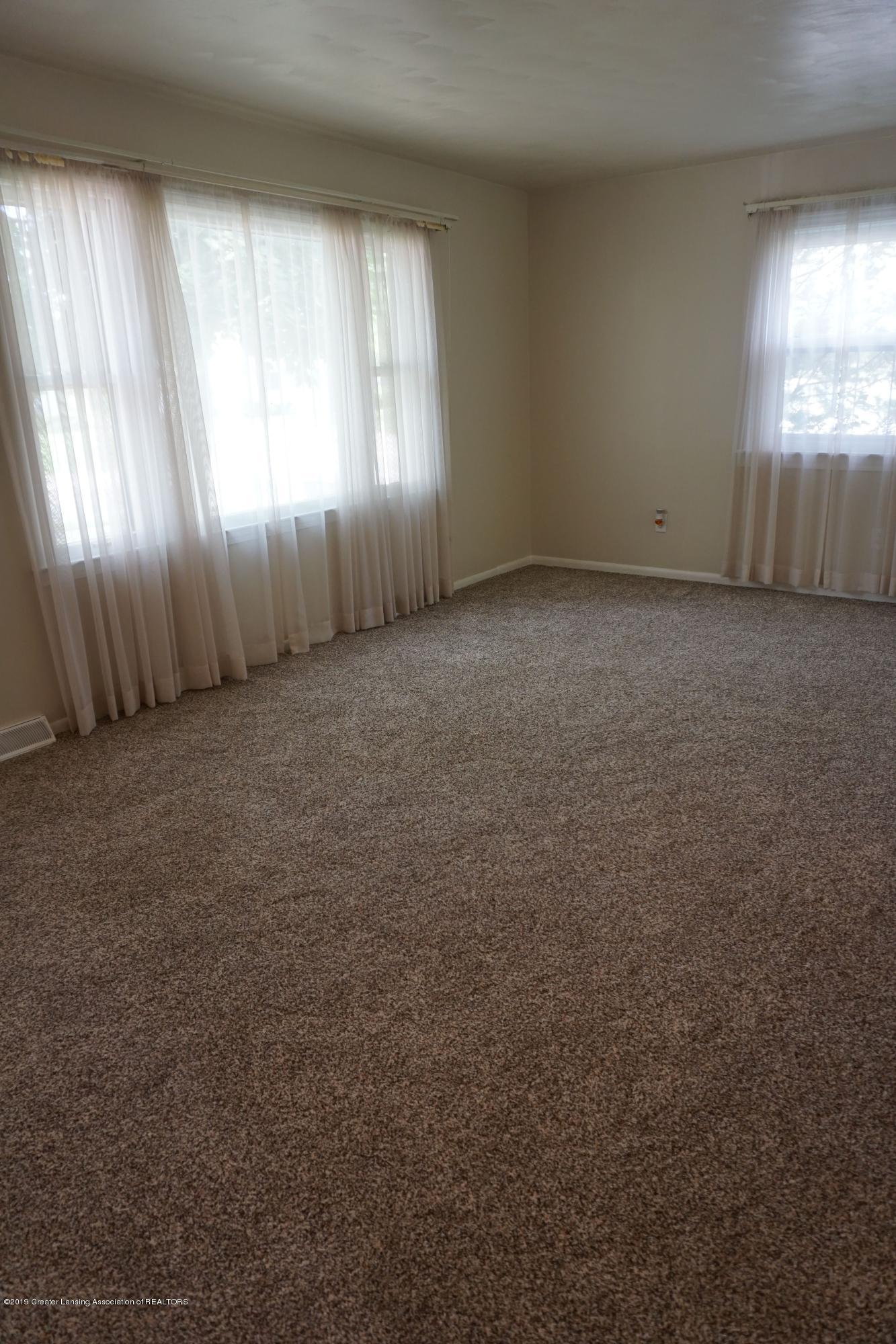 809 S Lansing St - Brand New Carpet! - 4