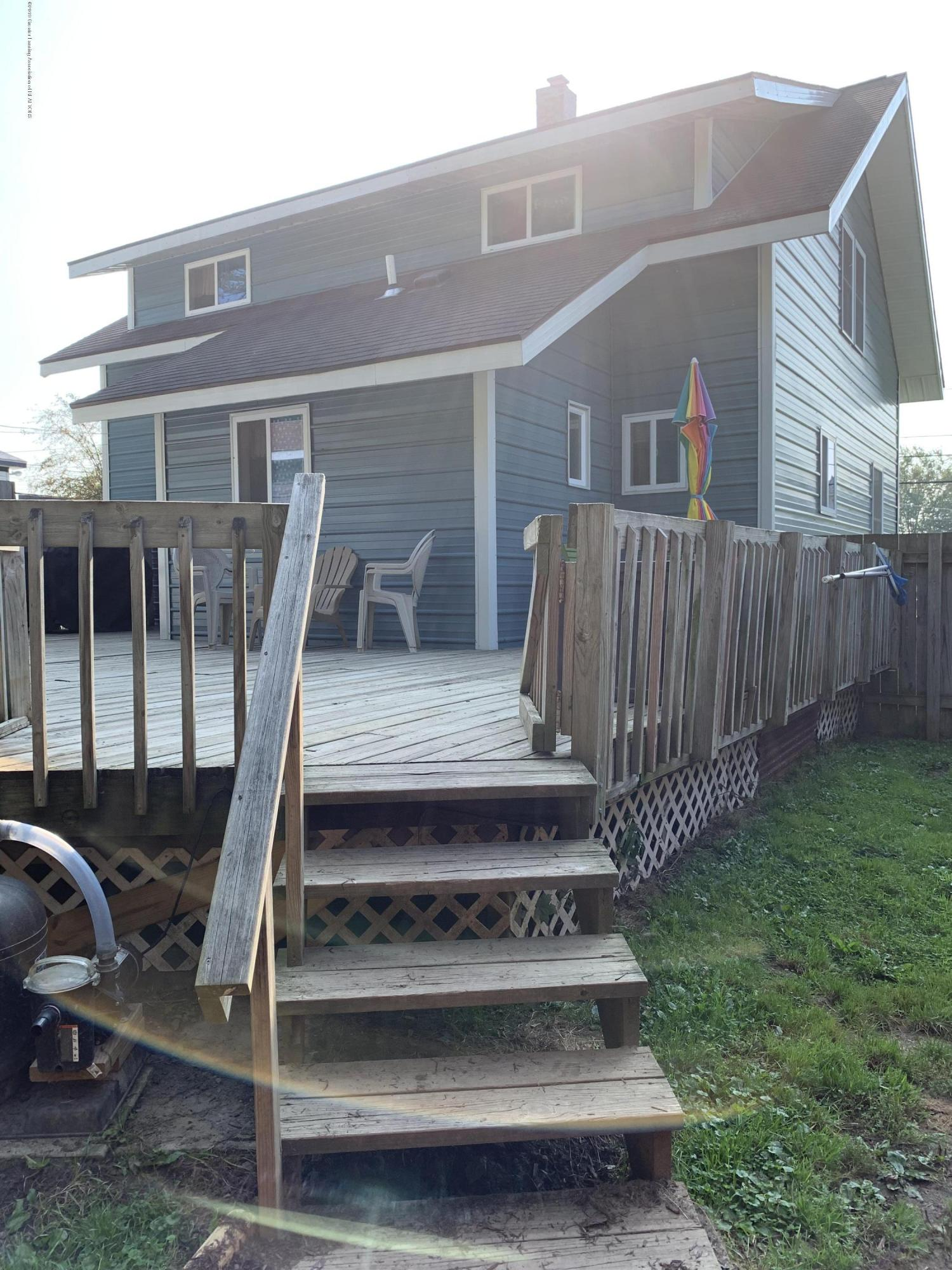 5823 High St - Deck - 31