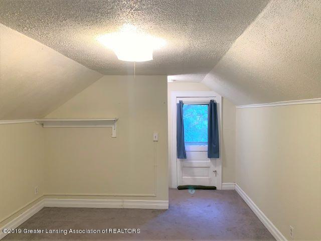 619 N Foster Ave - Bedroom - 10
