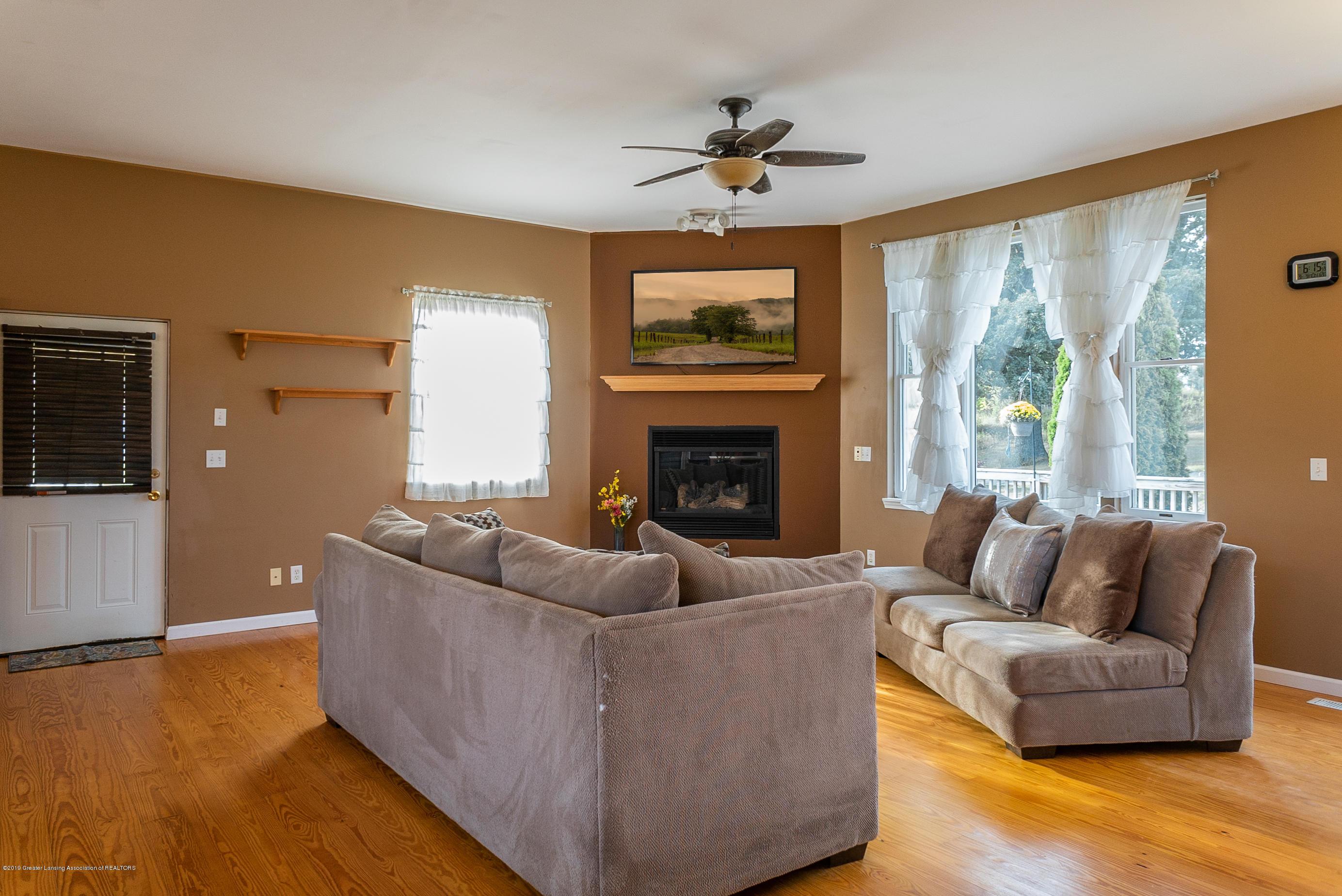 3220 Baseline Rd - Living Room - 3