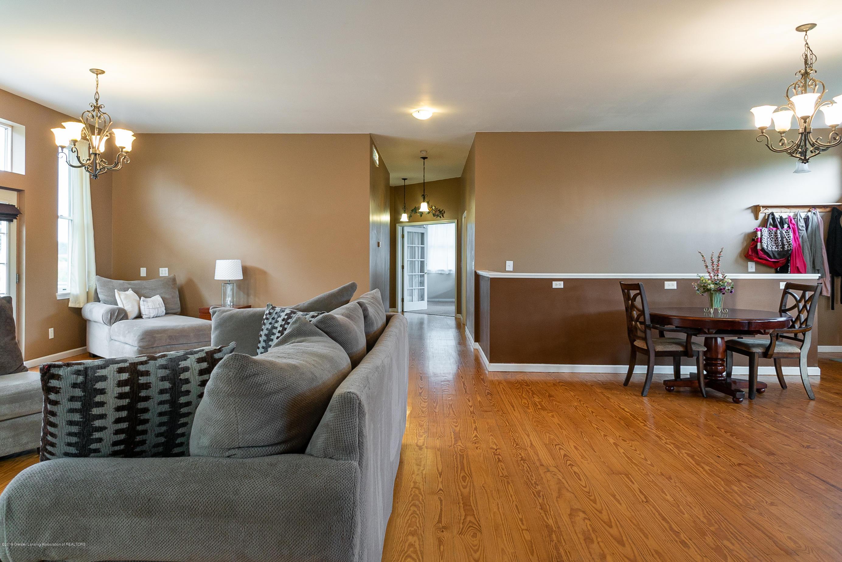 3220 Baseline Rd - Living Room/Dining Room - 6