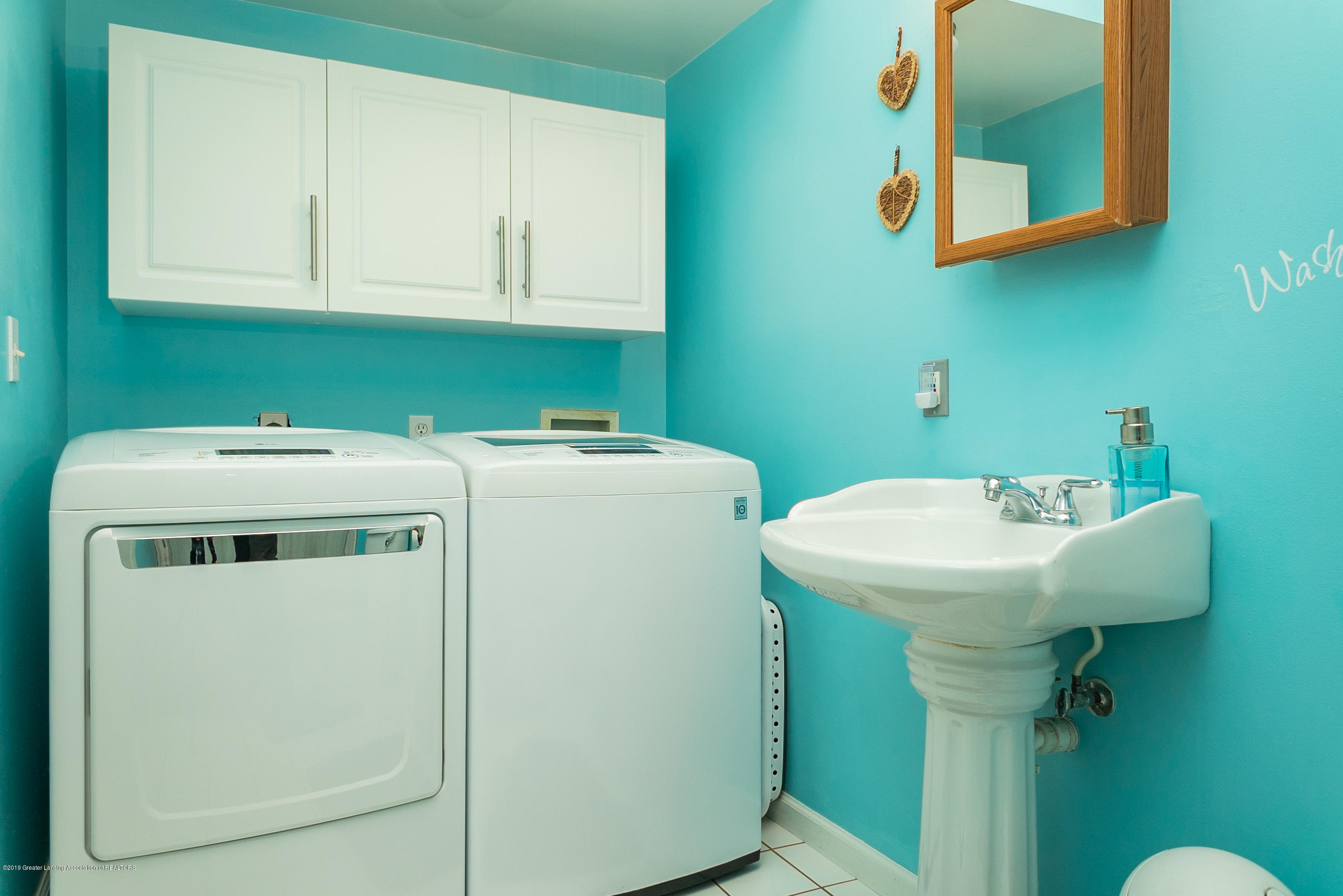 3220 Baseline Rd - Bath/Laundry - 20